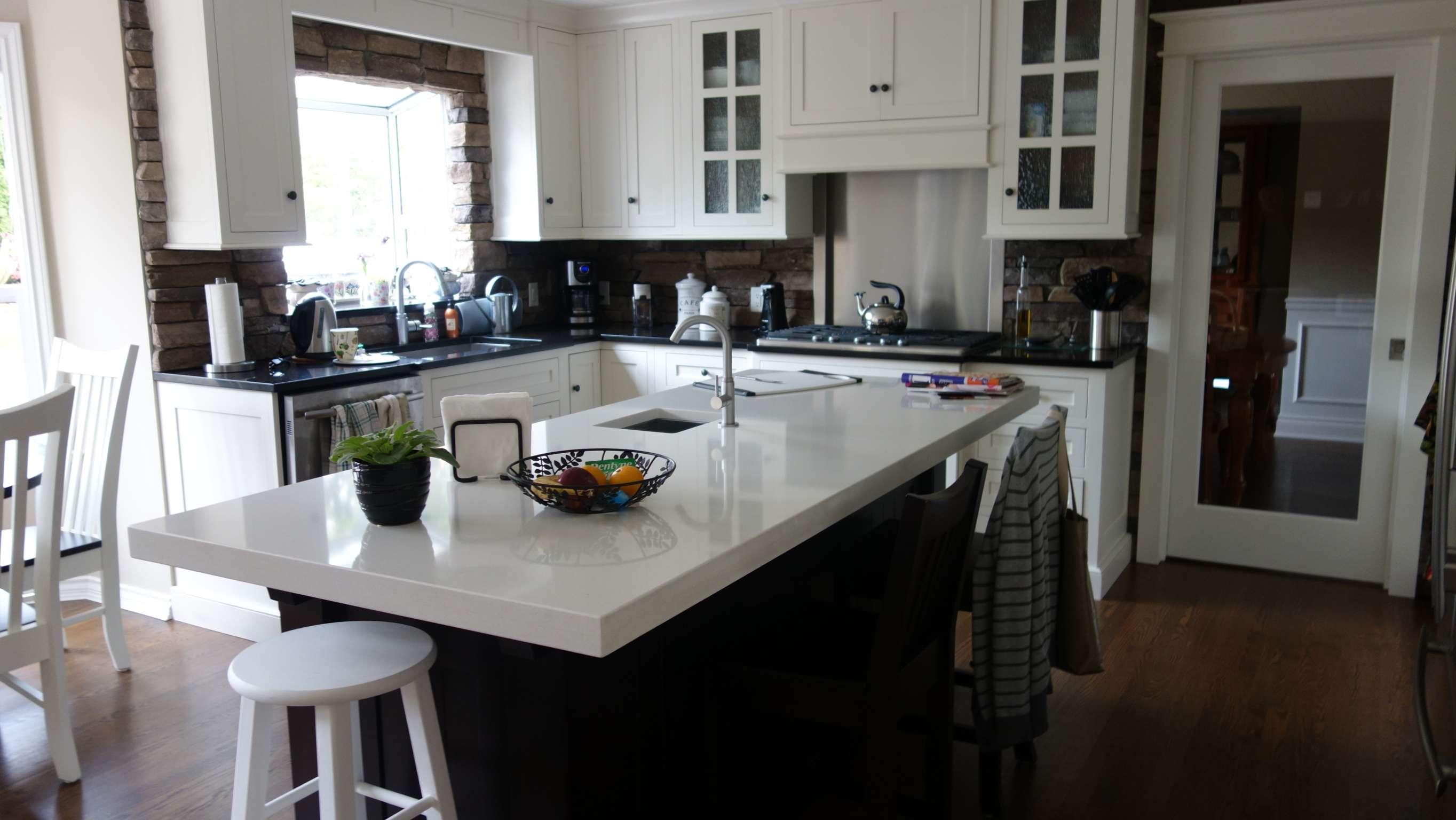 completed kitchen reno
