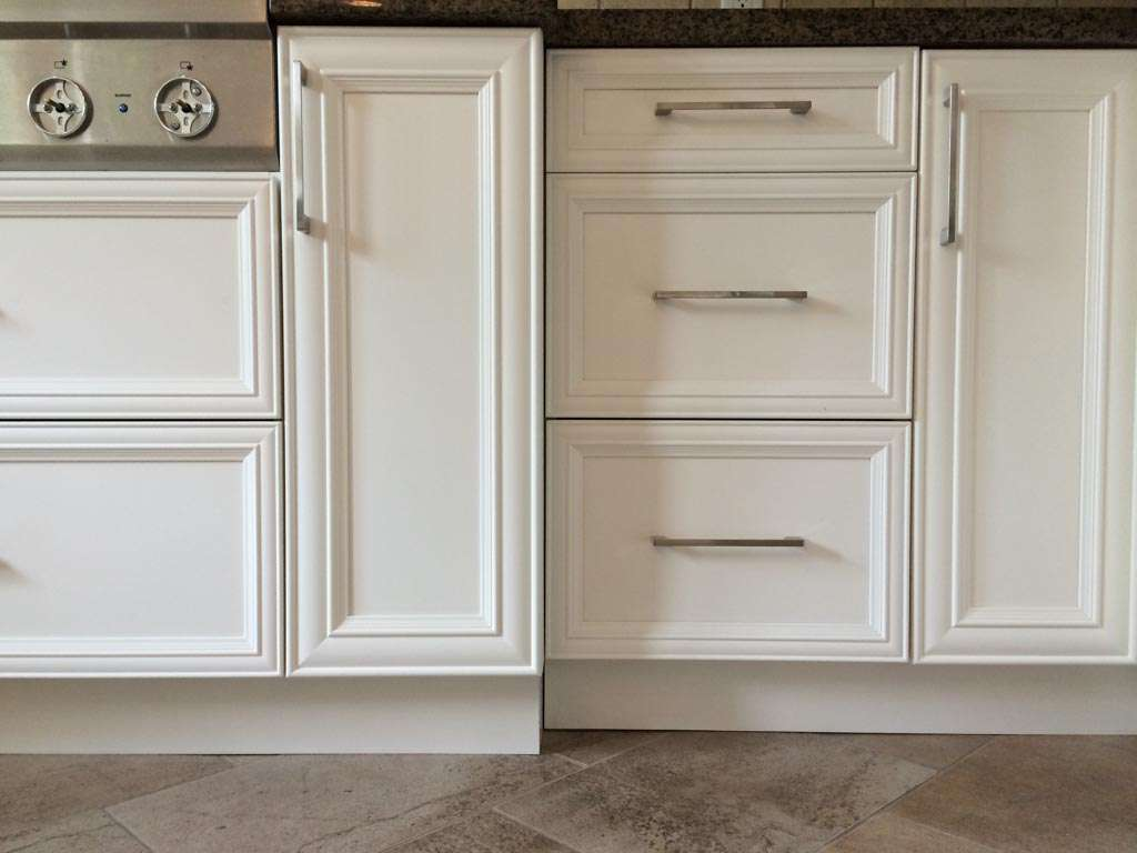 kitchen reno cabinets